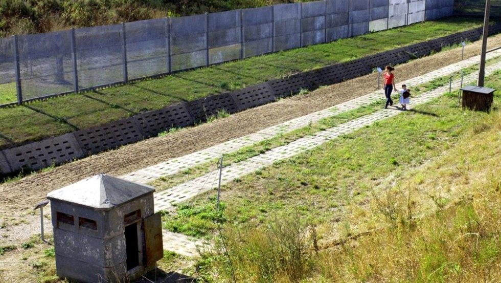 Die ehemalige Sperranlage des Grenzhuses gibt viele Einblicke in die jüngste Vergangenheit, © Politische Memoriale e.V.