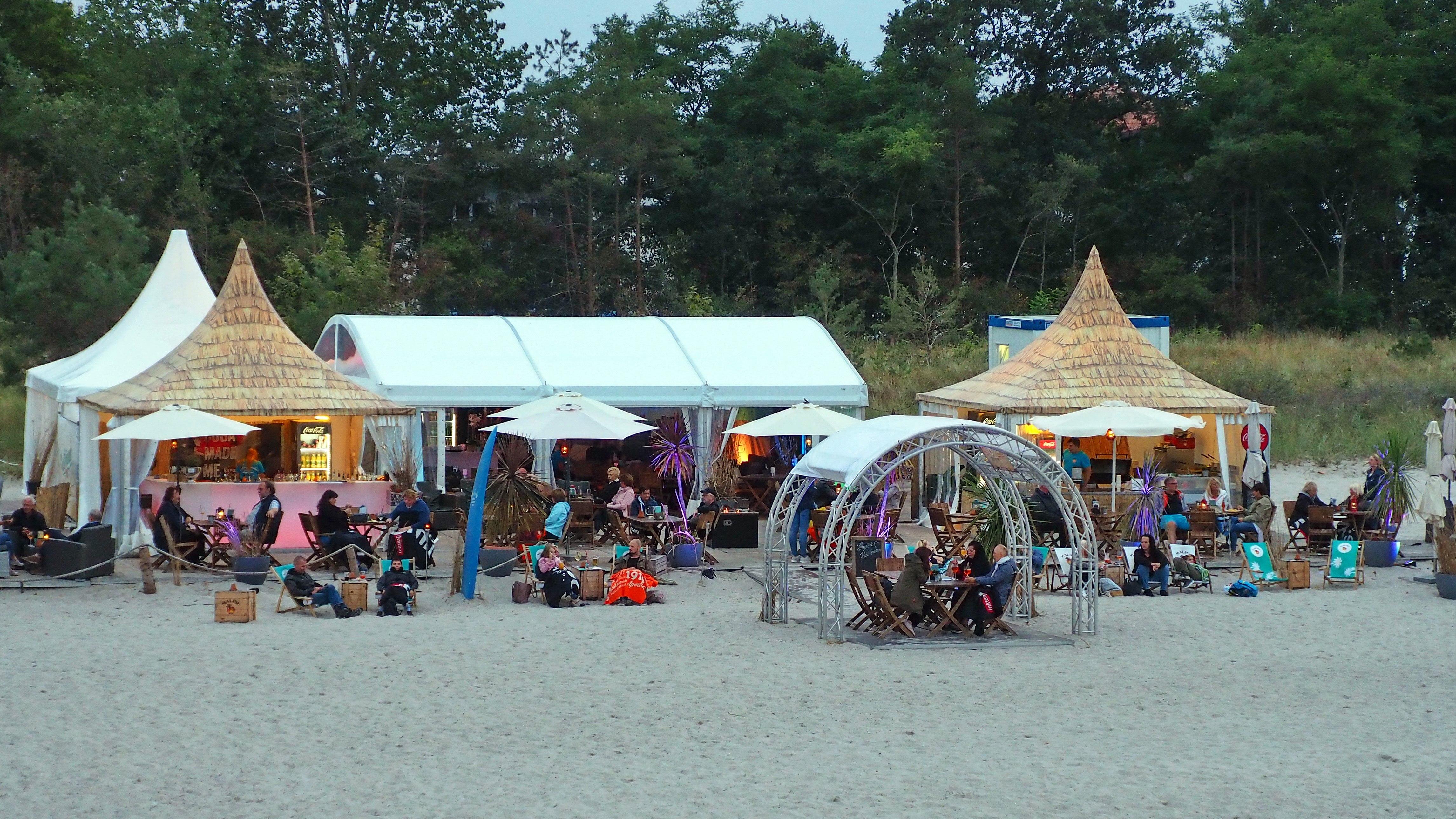 Dämmerung in der Beach Lounge Boltenhagen, © KV Boltenhagen